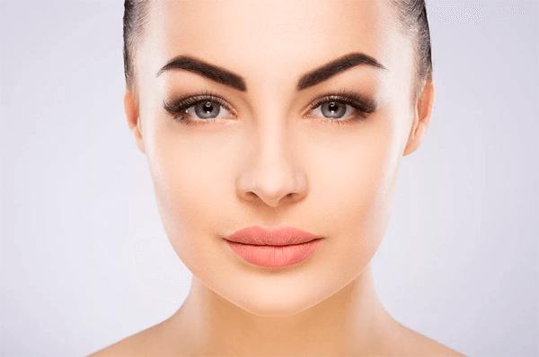 Акция на нанонапыление бровей и губ